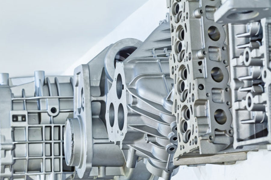 Minghe Special Casting describes the difference between casting and die casting in detail