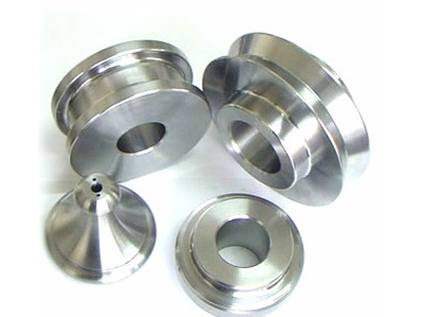 Imported CNC lathe processing machine tool equipment and debugging